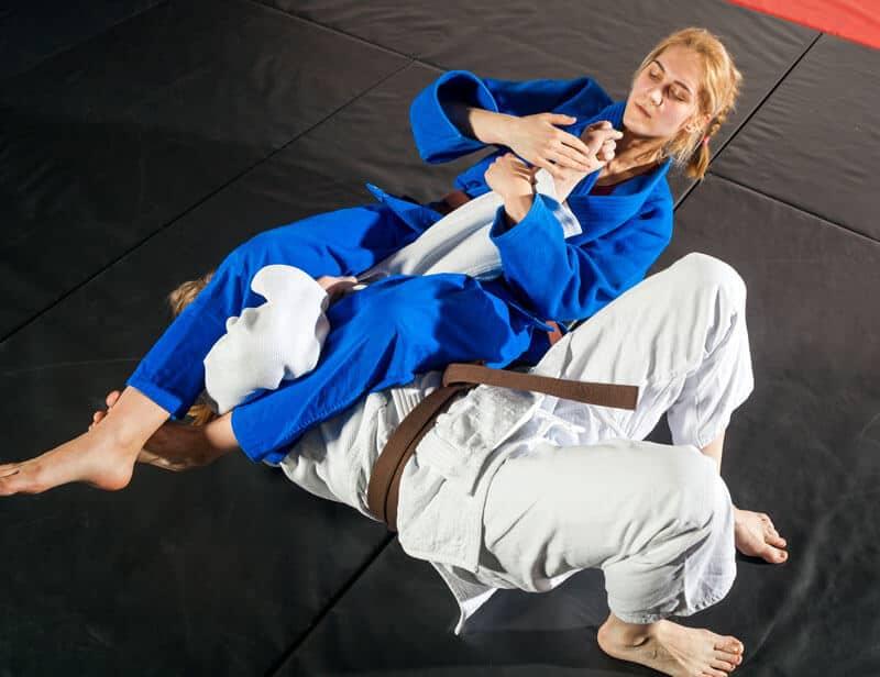 Brazilian Jiu Jitsu Lessons for Adults in _Naugatuck_ CT - Arm Bar Women BJJ